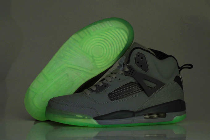 2012 Air Jordan Spizike 3.5 Retro Homme Chaussure Glowing Cool Grey en ligne