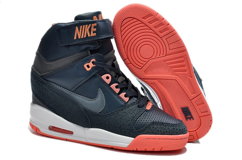 2014 Nike Air Revolution Sky High Femmes Noir Rouge KDLP0025