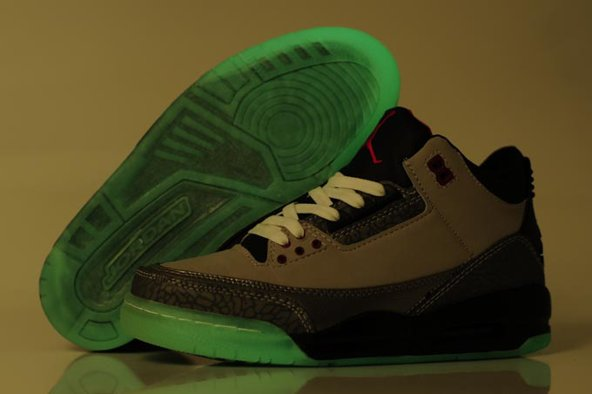 Air Jordan Cement 3 III Retro Homme Chaussure Glowing Cool Grey