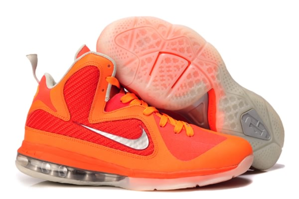 outlet store 0bbef 06331 Chaussures de basket-ball Nike Air Max LeBron James 9 femmes Orange argent