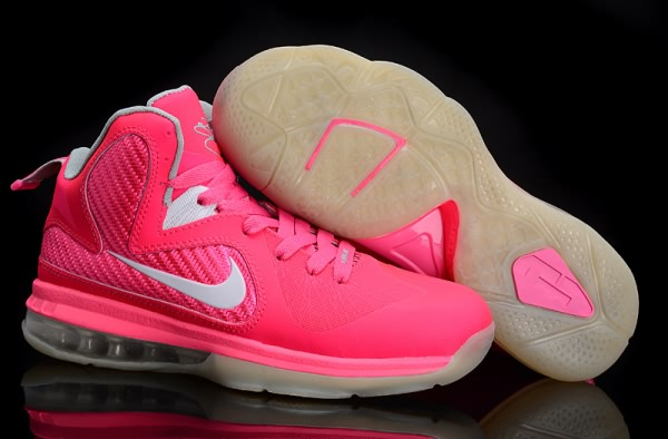 Chaussures de basket-ball Nike Air Max LeBron James 9 femmes Rose/blanc