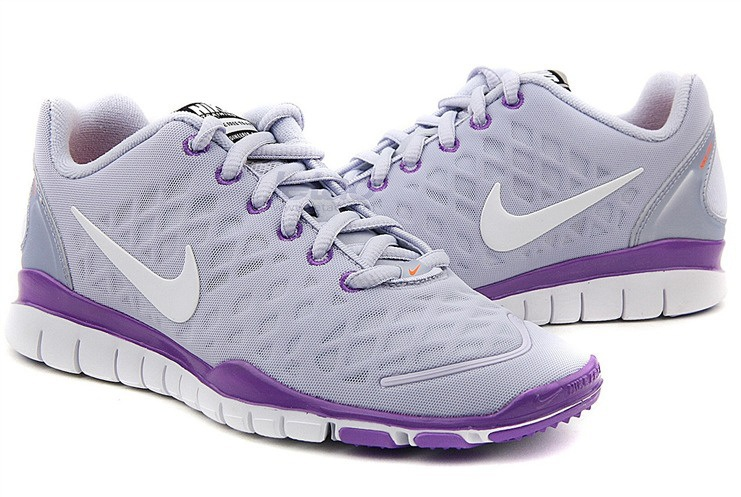 Nike Free TR Fit Femmes gray clair Violet
